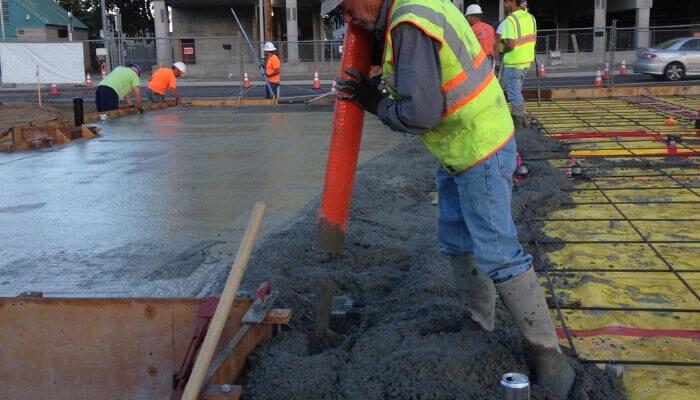 Concreto armado fabricado no canteiro de obras